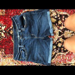 Levis shorts ! barley worn !